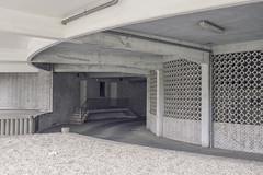 Gerard le Grellelaan, Antwerpen (Colmar Restaurant) (Danny Holleman) Tags: architecture concrete restaurant belgium belgie colmar fujifilm antwerpen dannyholleman gerardlegrellelaan