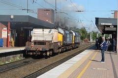 """'What You Looking At???' (37190 """"Dalzell"""") Tags: tractor northwestern compass ee revised growler wigan swoosh type3 drs englishelectric class37 37069 37259 37380 directrailservices class370 d6769 d6959"""