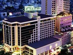 エメラルド ホテル