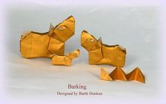 Barking by Barth Dunkan (Thomas Krapf Origami) Tags: dog paper origami hund papier dunkan paperfolding barth barking bellen aboiement papierfalten magicfingaz barthdunkan