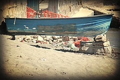 suspended (52picchio) Tags: italy marina mare campania bacoli campiflegrei 2013 canoneos60d hairygitselite me2youphotographylevel1