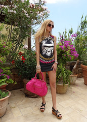Chimps (Love by N) Tags: pink sunglasses fashion vintage bag outfit shoes chimp makeup style jewelry jewellery purse bracelet heels glam bracelets bags marcjacobs fashionista diva iconic hermes swag miumiu wedge stylish chimpanzees wiwt stampbag ootd fbloggers collierdechien fblogger lovebyn