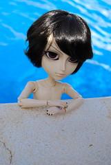 52 Semanas entre Juguetes (> Lily <) Tags: pool outside doll sebastian entre juguetes 52 reto semanas taeyang kuroshitsuji