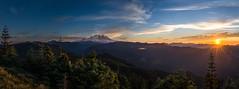 Mount Rainier Panorama from Suntop (CraigGoodwin2) Tags: sunset panorama sun star mountrainier mountrainiernationalpark washingtonstate suntop westernwashingon suntopfirelookout