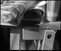 painting studio - 5 (manni39) Tags: stilllife mamiya film vintage mediumformat stillleben kodak vintagecamera 6x7 atelier rollfilm rb67 tmx100 sekor mittelformat moyenformat mamiyasekor paintersstudio mamiyasekor90mm38