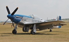 Moonbeam McSwine (R.K.C. Photography) Tags: uk airshow duxford mustang cambridgeshire p51d iwm flyinglegends moonbeammcswine 414237 canoneos1100d fazxs vision:outdoor=0975 vision:sky=0569 vision:car=0677