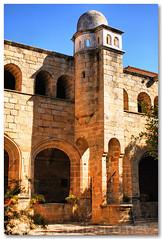 Claustro do convento de San Benito (vmribeiro.net) Tags: spain san espanha convento benito claustro alcntara