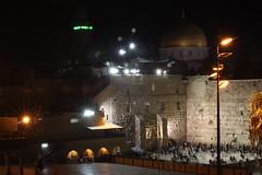 (Lys de Kerk) Tags: longexposure light night eos lights israel jerusalem domeoftherock westernwall 450d canoneos450d tokina5013528 tokina50135mm28