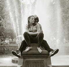 By the fountains (vpickering) Tags: nyc newyorkcity ny newyork love fountain lovers washingtonsquare fountains cuddleup twittertuesday