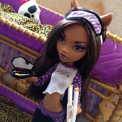 Good Morning Clawdeen : Photo Shoot 7/17 (MyMonsterHighWorld) Tags: monster dead 1 high bed wolf doll with wave tired exclusive mattel clawdeen