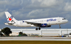 JetBlue INY (Infinity & Beyond Photography) Tags: ny love plane airplane airport heart fort aircraft lauderdale airbus jetblue ft iny a320 fll i kfll