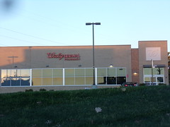 Walgreens #12324 Frederick, MD (Coolcat4333) Tags: md pike walgreens frederick 1595 12324 opossumtown