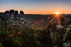 Bastei Sonnenaufgang (SaschaHaaseFotografie) Tags: nature sunrise canon germany landscape deutschland eos natur sigma sachsen sascha 17 50 landschaft sonnenaufgang bastei haase elbsandsteingebirge tbiggums