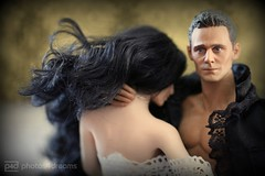 that scene ... (photos4dreams) Tags: celebrity film movie toy toys actionfigure doll photos gothic romance horror actor 16 lucille schauspieler guillermodeltoro photos4dreams photos4dreamz p4d tomhiddleston hollowcrown jessicachastain crimsonpeak baronetsirthomassharpe crimsonpeakp4d thatscenep4d