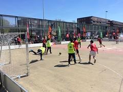 Straatvoetbal in Osdorp (Comicbase) Tags: d66 osdorp nieuwwest straatvoetbal