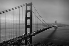 Golden Gate Bridge (San Francisco) (VII) (manuela.martin) Tags: sanfrancisco california blackandwhite bw architecture sunrise goldengatebridge architektur schwarzundweiss