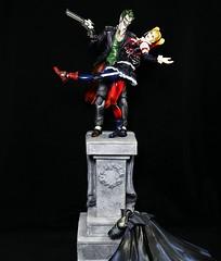 The Joker and Harley (Patman1313) Tags: actionfigures batman joker gotham squareenix harleyquinn thejoker playarts playartskai arkhamorigins arkhamknight
