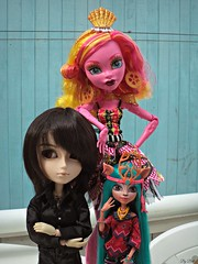 Apoio (Bell) Tags: monster high gooliope isi taeyang suzumura rei vincent hermann