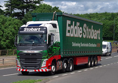 Stobart Volvo FH KX65OYF on the A90, Dundee, 20/6/16 (andyflyer) Tags: transport lorry a90 haulage hgv roadtransport stobart eddiestobart volvofh rosiematilda kx65oyf