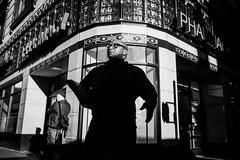 Los Angeles (Rinzi Ruiz [street zen]) Tags: life california city light urban blackandwhite bw usa art monochrome photography candid streetphotography fujifilm streetphoto losangelesstreetphotography streetzen rinziruiz fujifilmxt1 fujifilmxus 5yearsofxseries