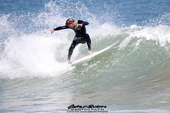 Alex Viralta (omar suarez asturias) Tags: ocean sea espaa beach sports sport canon mar spain agua surf waves go wave asturias playa surfing carving deporte salto gijon aire olas libre ola 150600mm alexviralta
