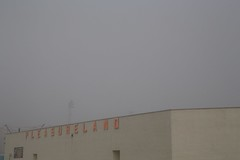 Pleasureland (itmpa) Tags: sign fog scotland shed foggy northsea signage nophotoshop funfair arbroath pleasureland unedited haar seafog queensdrive amusementarcade straightfromthecamera tomparnell itmpa indoorfunfair archhist coldseafog