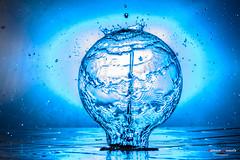 Blue bulb (Antonio Camelo) Tags: blue azul nikon bulbs splash bombilla salpicones
