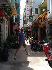 HEM JUMP (Ryo.T) Tags: vietnam saigon hochiminhcity hcmc hochiminh