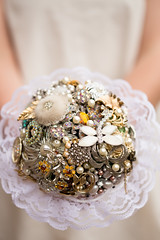 brooch bouquet with lace collar (pumpkin and pye) Tags: brooch lacecollar bridalbouquets broochbouquet broochbouquets laceedgebouquet