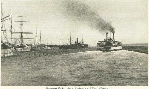 Reggio-Calabria---Partenza-Ferro-Boat-_w