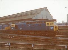 Class 33102 (S.G.J) Tags: london station diesel shed leeds engine loco junction class waterloo depot locomotive clapham claphamjunction crompton dmu drs class33 33102