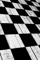 chess - wood (R-Pe) Tags: life blue red white black rot eye art robert water coffee café smile face breakfast night train canon square photo essen gesicht wasser noir day foto mask nacht live tag fine wiese kaffee zug security ferrari bleu peter hut trainstation rosen blau augen lachen trinken bahn wald schwarz chai figur acryl leben maske pastell masken ingwer larve blaw bahnstation 1764 tschai rpe röbi 1764org www1764org