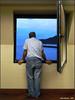 Mirando al mar.   C.M. (Cesalf) Tags: intereshumano