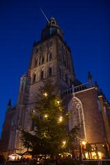Kerst in Zutphen bij de Sint Walburgiskerk