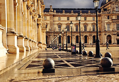 Louvre (ceca67) Tags: light paris france museum architecture photography photo nikon flickr louvre svetlana d90 ceca ceca67