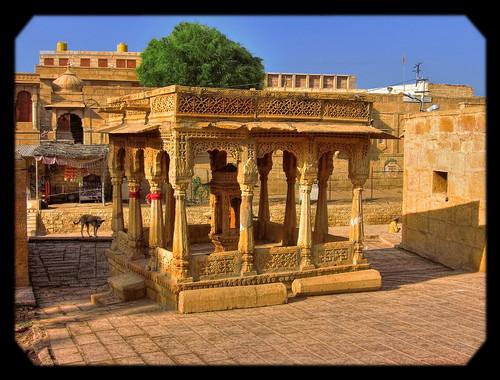 Jaisalmer IND - small Temple
