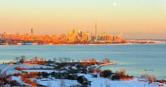 Toronto, kissed by the sun (Trinimusic2008 - Stay blessed) Tags: city winter light sunset sky panorama sun moon snow ontario canada love ice nature thanks buildings outdoors cityscape cntower friendship health harmony cropped february gratitude abundance sunkissed wellbeing 2015 skylounge humberbaypark warmcold cans2s trinimusic2008 judymeikle viewsfrommycondobldg