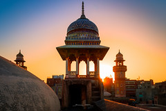 Come lets do the good work (Fortunes2011.Toy Heart) Tags: sunset sky heritage architecture minaret domes lahore minar islamicarchitecture tilework maghrib islamichistory imagesgoogle androonlahore fortunes2011nikon wazirkhanmoaque
