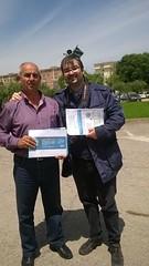 Dott. Riccardo Toffoli - giornalista - musicista - docente presso la scuola media Matteotti di Aprilia insieme al responsabile di piazza Antonino Rocca