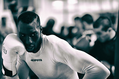 Le Champ V (johann walter bantz) Tags: black france sport club training blackwhite nikon europe boxing mouvement boxe vitesse pantin d4s