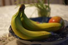 Blury Bananas (rolandmks7) Tags: bananas 55mm f22 blury rikenon sonynex5n