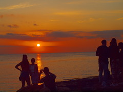 shooting by sunset P5179277 (hans 1960) Tags: girls sunset sky people sun colour sol nature silhouette outside atardecer soleil meer outdoor urlaub natur posing himmel ibiza smartphone shooting sonne spanien farben cafedelmar holyday