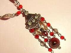 Gris & Rojo (Gabriela Andrea Silva Hormazabal) Tags: collar necklace collares necklaces gris rojo red moda fashion design diseo joyas jewel jewlery biicolor decorochic