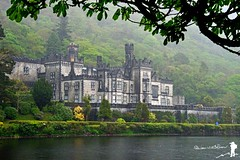 Castle in the Rain (Yale Creek) Tags: ireland castle abby kylemore
