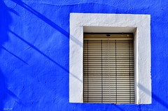 Finestretes de La Vila (jaume vaello) Tags: ventanas urbanas villajoyosa lavila nikond5100 colrsdelavila singma70300