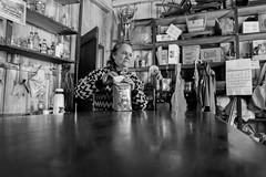 Hora do mate (Conrado Vardanega) Tags: brazil blackandwhite brasil table store reflex marlene bodega santacatarina mate reflexo mesa camposnovos meiooestecatarinense barradoleo