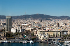 Colom Barcelona (inwatt) Tags: barcelona monument car miniature harbour cable effect colum teleferric