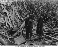 HU025716 (ngao5) Tags: china family people children parents war asia victim mother battle few males females waste adults rubble offspring casualty disasteranddestruction airraid secondsinojapanesewar19371945 warvictim chongqingmunicipality