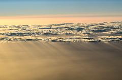 Rain of light (Nachett) Tags: light sky sun luz sol clouds dawn amanecer cielo nubes rays rayos