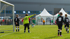 IMG_5765 - LR4 - Flickr (Rossell' Art) Tags: football crossing schaerbeek u9 tournoi denderleeuw evere provinciaux hdigerling fcgalmaarden